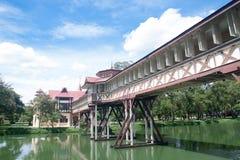 Nakornpathom, TH-SEP 08 :泰国国王王宫9月的 库存照片