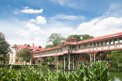 Nakornpathom, TH 8 de setembro: O palácio real do rei tailandês em setembro Imagens de Stock