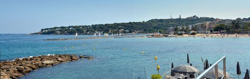 Nakrętka Antibes & Plażowa panorama, Provence Francja Obraz Royalty Free