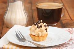 Nakrętka kawy i śmietanki tort Fotografia Stock