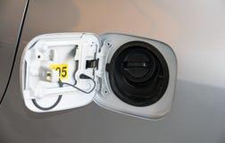 nakrętka nafciani cysternowi samochody Zdjęcia Royalty Free
