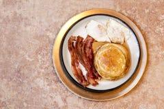 Naleśnikowy Bekonowy i jajko śniadanie Fotografia Stock