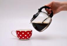 nalewanie kawy Zdjęcia Stock