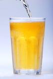 nalewanie piwa Fotografia Stock