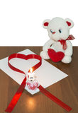 Nallebjörn och kanin med hjärta Royaltyfria Bilder