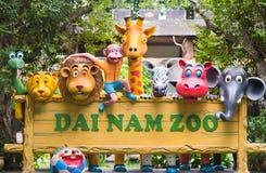 戴Nam动物园牌,胡志明市 免版税图库摄影