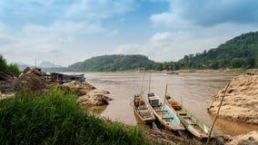 Nam歌曲河在老挝 Vang Vieng风景 库存图片