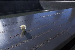 Nam in geheugen van 11 September slachtoffers toe Stock Foto's