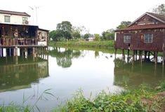 Nam Sang Wai Fishing Village nära dammet Arkivbilder