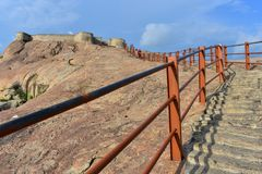 Namakkal, Tamilnadu - Индия - 17-ое октября 2018: Лестница форта Namakkal стоковая фотография