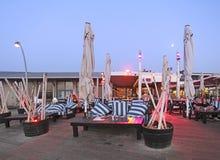 Namal Old Port in Tel Aviv, Israel bis zum Nacht Stockbild