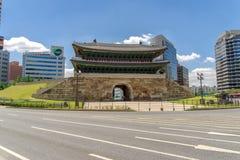Namdaemun, eins der acht Tore in der Festungs-Wand von Seoul, Stockfotografie