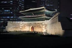 Namdaemun en Seul, Corea fotos de archivo