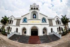 NAMDINH, VIETNAM - 21 décembre 2014 - architecture d'une entrée de la cathédrale grande de Phu Nhai Image stock