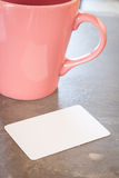Namenkarte mit Kaffeetasse Lizenzfreie Stockfotos