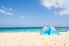Namiot przy plażą Zdjęcia Royalty Free
