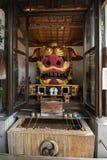 Namiyoke Inari relikskrin i Tokyo arkivfoto