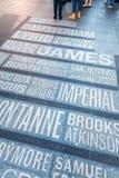 Namn av Broadway teatrar på Times Square i New York City arkivfoton