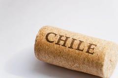 Namn av det Chile landet på yttersida av kork från vinet det bakgrundskantchile landet detailed white för form för region för fla Arkivfoto
