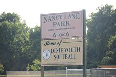 Nancy Lane Park Home von Dixie Youth Softball, Atoka, TN stockfotos