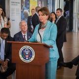 Nancy Pelosi che fa un discorso all'Expo 2015 a Milano, Italia Fotografie Stock