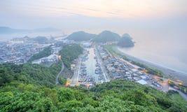 Nanfangao港口在黎明,台北台湾东北海岸的一个渔村鸟瞰图  免版税图库摄影