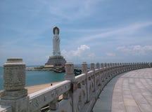 Статуя Nanhai Guanyin, в Sanya, Хайнань в Китае стоковые изображения