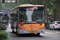 Nanjing City offentlig buss, Kina Royaltyfri Bild