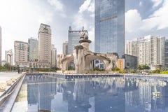 Nanning China-Nov 9 2016: Wuxiang fyrkant i huvudstaden av Fotografering för Bildbyråer