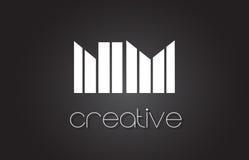 Nanomètre N M Letter Logo Design With White et lignes noires Photos stock