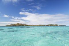 Nanuya Lailai ö, blå lagun, Yasawa öar, Fiji Arkivbild