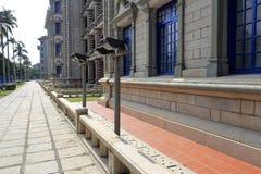 Nanxunlou-Gebäude und Steingehweg Stockbild