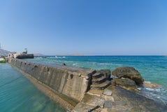 Naoussa by och hamn - det Aegean havet - Paros Cyclades ö - Grekland arkivfoto