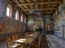 Napa Valley, los E.E.U.U. 6 de abril de 2012: Gran pasillo en el Castello Di Amorosa Imagen de archivo