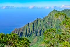 Napalikust de Eilanden in van Kauai, Hawaï Stock Foto's