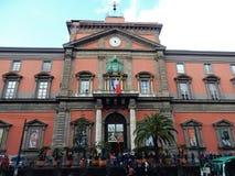 Naples - entrée au musée archéologique Photos libres de droits