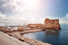 Naples Italien - sikt av Castel dell& x27; Ovo & x28; Ägg Castle& x29; Royaltyfria Foton