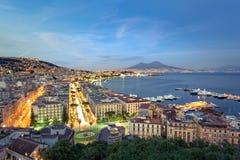 Naples par nuit, paysage urbain photos libres de droits