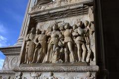 Naples - szczegół Maschio Angioino portal Zdjęcia Stock