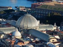 Naples - toits de la galerie d'Umberto I image stock