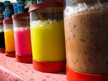 Napoje dla sprzedaży na rynku w Kuching malezyjczyku Borneo fotografia royalty free