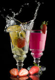 napoju owocowa cytryny mleka pluśnięcia truskawka Obrazy Royalty Free