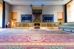 Napoleon IIIS sovrum på Louvremuseet Royaltyfria Bilder