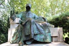 napoleon russia för monumentet för ligganden för stegen för gräsplaner för fältet för örnen för arkitekturhöstborodinoen kriger m royaltyfria foton