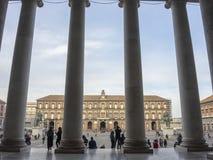 napoli της Ιταλίας Τοπίο διάσημη τετραγωνική Piazza del Plebiscito στοκ φωτογραφίες