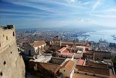 Napoli ed il suo castello Fotografia Stock
