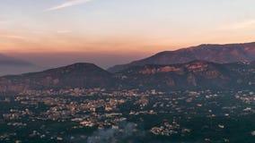 Napolikust, Pianodi Sorrento Vesuviovulcano, de mening van de Tijdtijdspanne van toeristische stad in Itali?, vakantie in het ove stock footage