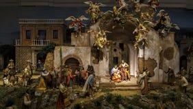 Napolitan narodzenia jezusa sceny szczegółu ręka rzeźbiąca obrazy royalty free