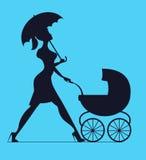 napping Mulher que anda com um transporte de bebê Silhueta do vetor Foto de Stock