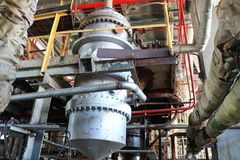 Naprawa chemiczny proces wyposażenie rurociąg, pompy, zbiorniki, upałów exchangers, flansze i klapy przy substancją chemiczną, zdjęcie royalty free